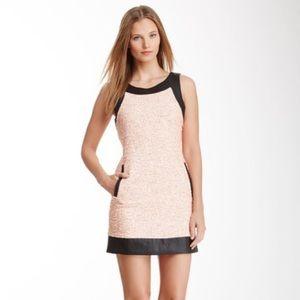 🆕 Romeo & Juliet Couture Orange tweed dress